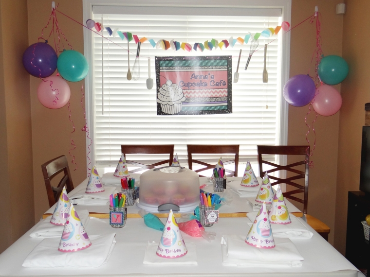 Cupcake Birthday Table Decorations